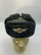Østtysk luftvåpen offiserslue vinter original NY str 56