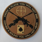 """Sniper """"From a place you will not see"""" i PVC coyote/svart"""